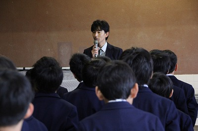 4月10日小学校朝礼