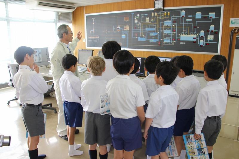 道ノ尾浄水場見学(4年生)