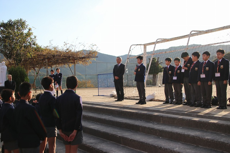 香港の姉妹校タクスン小学校から5年生10名が来校